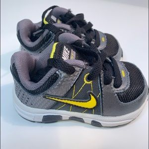 Nike T-Run 5 Infant Sneakers